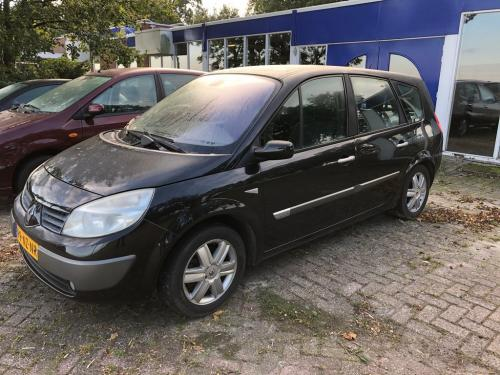 Renault MEGANE SCENIC - 64-LP-SR 3